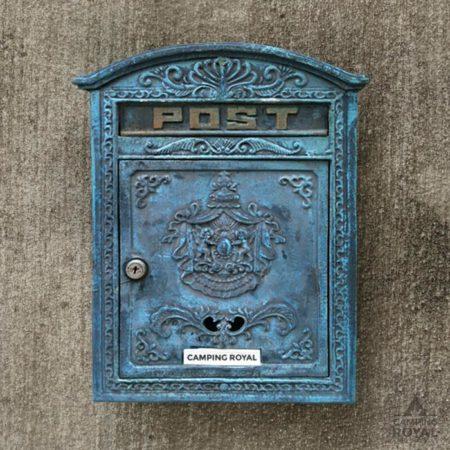 Kontakt -Postkasten von Camping Royal