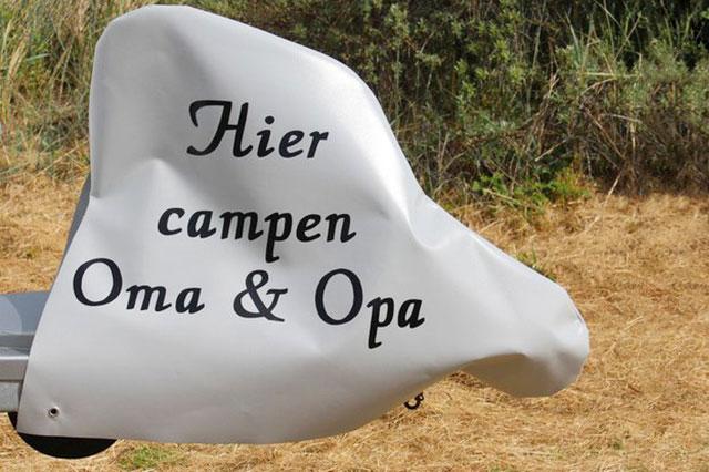 """Deichselhaube """"Hier campen Oma & Opa"""" - Haubentraum"""